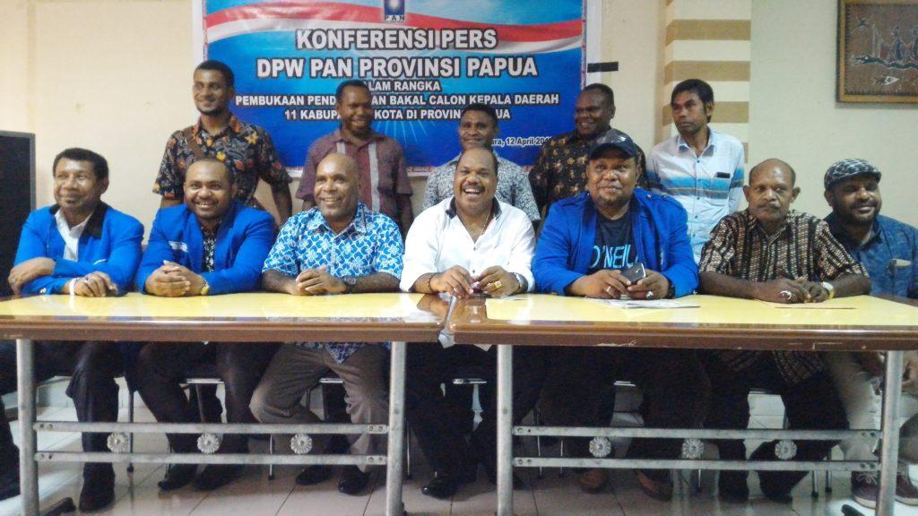 Pengurus DPW PAN Papua memberikan keterangan pers beberapa waktu lalu