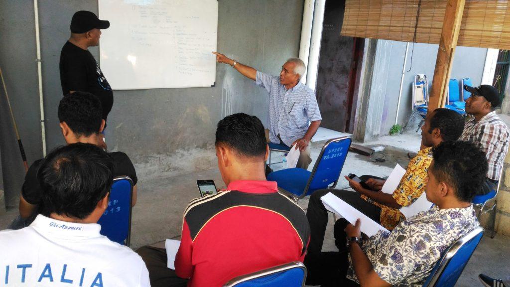 Suasana Rapat Tim Kerja UP2KP untuk menindaklanjuti kasus Korowai, Keerom dan Sarmi di Kantor UP2KP Jalan Baru. (Gusty)