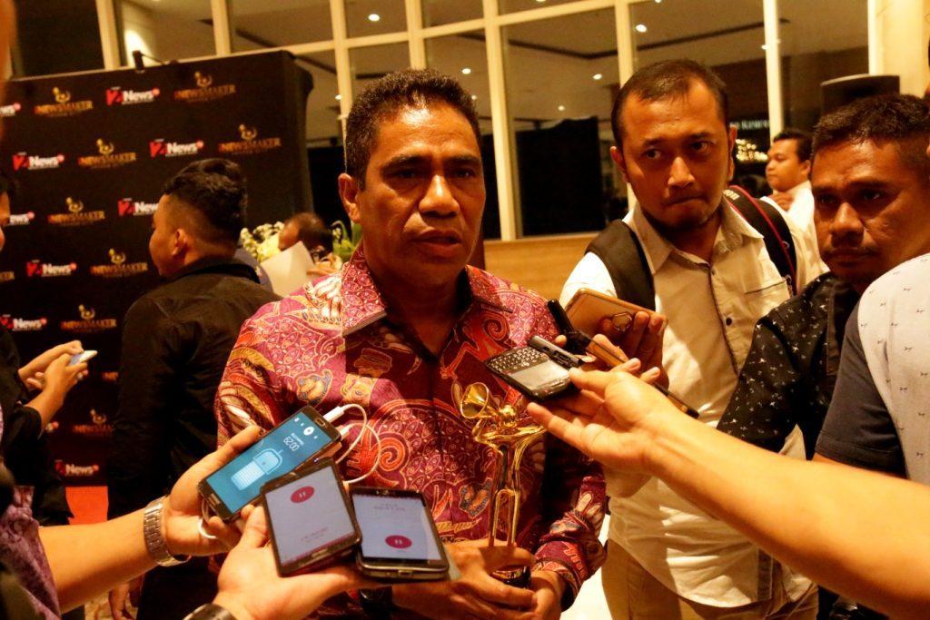 Sekretaris Daerah Papua TEA Hery Dosinaen, S.IP.MKP ketika memberikan keterangan pers usai penerimaan penghargaan.